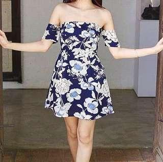 🚚 Zalora Floral Off Shoulder Dress