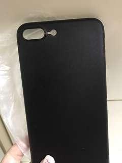 iPhone 7/8plus 黑色殼