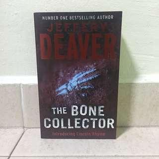 The Bone Collector by Jeffrey Deaver