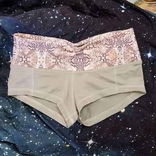 Mika Pole shorts