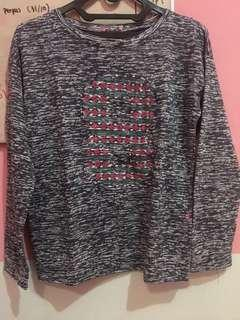 sweatshirt ninety degrees