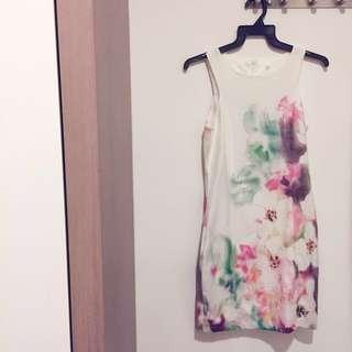 🚚 #cnysale Waverly Watercolor Dress
