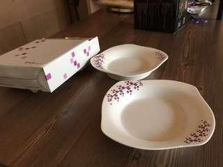 🚚 陶板屋 花邊陶瓷盤子