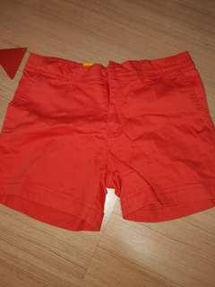 shorts/trousers