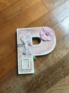🚚 P letter decoration sign gift