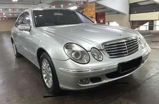 2002 Mercedes-Benz Mercy E260 Automatic.RAPI-TERAWAT.Kondisi PRIMA SEKALI