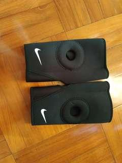 Nike 護膝