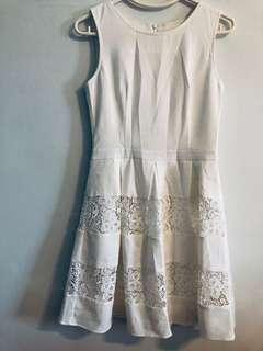 White laced panelled dress