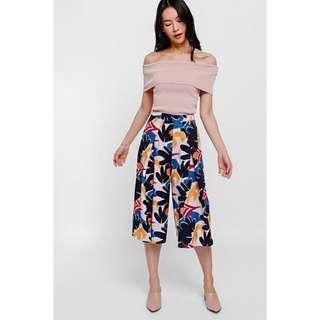 🚚 Love Bonito Tolanga Printed Front Pleat Culottes Size S