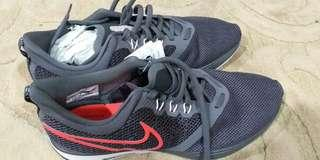 Original Nike training shoes still new n still with tag