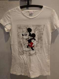 Disney T-shirt L