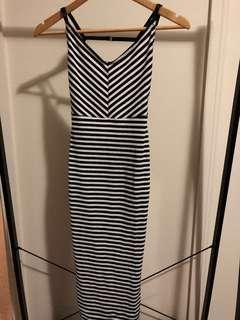 Nasty gal black and white dress