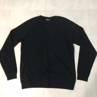 🚚 Black Sweatshirt