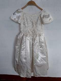 Flower Girl Gown (white)