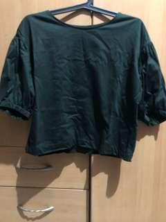 Uniqlo puff sleeves deep green