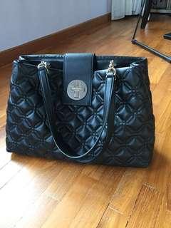 🚚 Black Kate Spade shoulder bag (authentic)