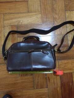 Leather shoulder/hand bag