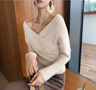 🚚 Wrap knit top