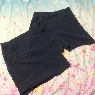 brand new gu navy blue skorts
