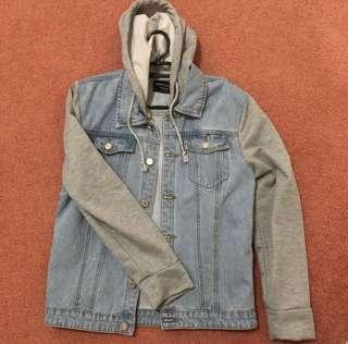 Boohoo Men's hooded denim jacket (size m)