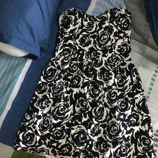 [3 for $40 🍃] Simple Black Rose Printed Tube Dress with Bustier Design