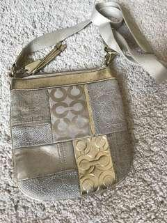 Coach Bag women's gold 100% original 女裝袋