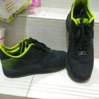 Nike Air Force One Original Size 43