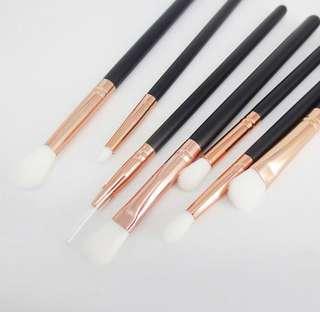 🚚 eye makeup brushes