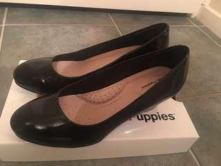 Brand new Black patent hush puppies shoe size 8