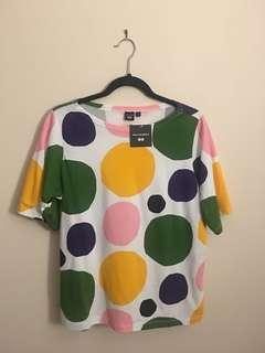 Uniqlo Marimekko too size M brand new with tag
