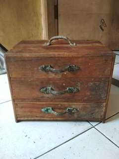 Jual box antik jati