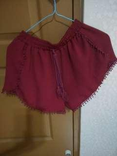 BNIP Lace Shorts with Tussle