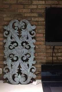 Wood wall ornament