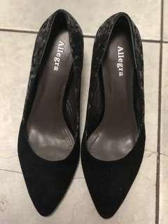 DECLUTTERING - Branded Shoes $3.00 each