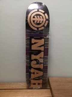 🚚 ELEMENT Skateboard Deck 8.0