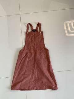 🚚 Vintage pink overall dress