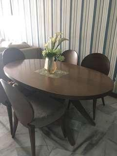 Marco italian Dining table with 5 chair