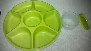 Tupperware Serving Large NEW