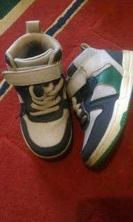 Sneakers anak by COOL