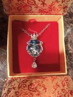 蝴蝶牌 九尾狐 古巴杰士納 水晶頸連 鑽石項鍊 招財人 緣桃花