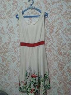 Dress flower putih