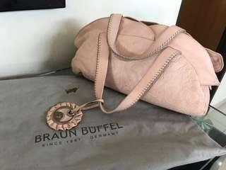 Original Braun Buffel Comes with dust bag
