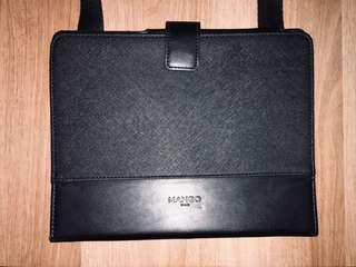 Mango MAN - tablet case with sling