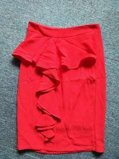 🚚 Red skirt