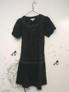 Black Dress grey line