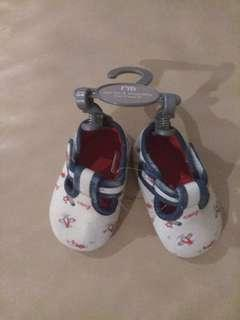 🚚 Brand new Baby Shoes unisex mothercare