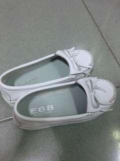 🚚 增高小白鞋