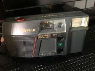 Fuji Camera DL150