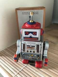 Vintage Tin Robot - wind up toy