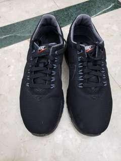 Nike Air Max LD-Zero,Japan model. US 10. 90% new, wear few times only. Genuine product